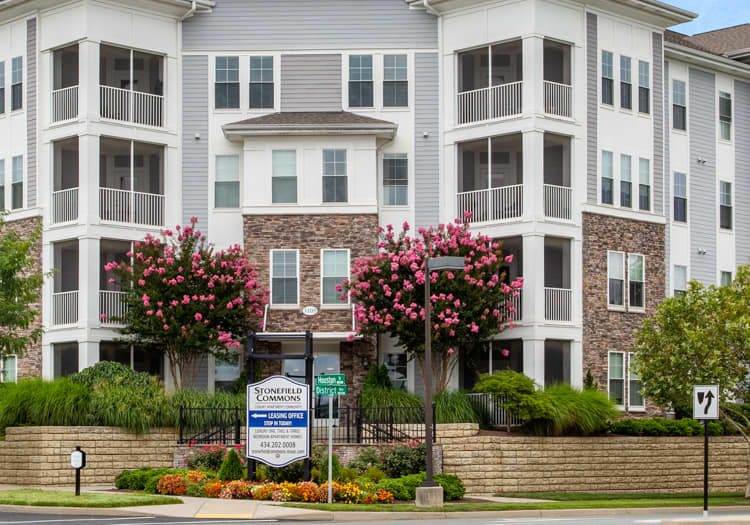 Stonefield Commons apartments