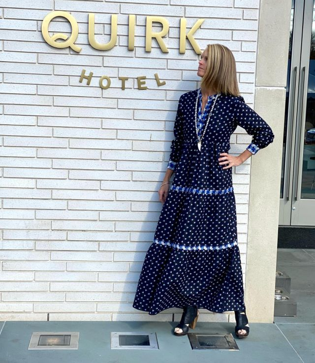 rocking one of the new styles just in from warm_ny on site in front of our favorite new neighbor quirkhotelcva 💕#thanksgivingdress #easyfallfashion #styledbyeloise #Cieloisecharlottesville