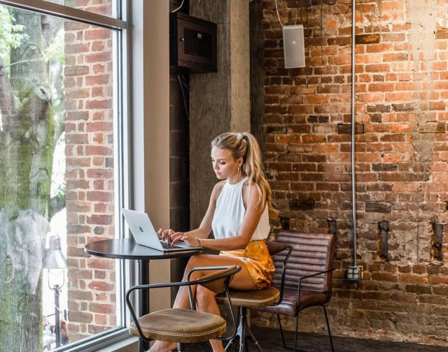 """How tired are you of working from home?? ( let us know below on a scale of 1-10 ). Charlottesville has SO MANY options to allow you to work ( and live ) remotely. Get inspo from the accounts below and see how to switch up your scenery in our linktree """"How to Live and Work Remotely"""" • • • @aftonvineyardcottages @common__house @studioix.co @aftonmtnvineyards @vaultvirginia @staycharlottesville @visitvirginia @thetownsmancollection @oakhurstinn @charlottesville29 @charlottesvilleva @charlottesvilleinsider @dailycharlottesville  • • • #ciaftonmountain #aftonmountain #aftonvineyardcottages #cicommonhouse #commonhouse #studioix #cistudioix #vaultvirginia #civaultvirginia #staycharlottesville #visitvirginia #thetownsmancollection #citownsman #cioakhurstinn #okhurst #charlottesville #virginia #charlottesvilleinsider #cville #cvillelocal #workfromhome"""